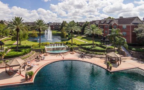 Camden Vanderbilt Apartments in Houston, Texas