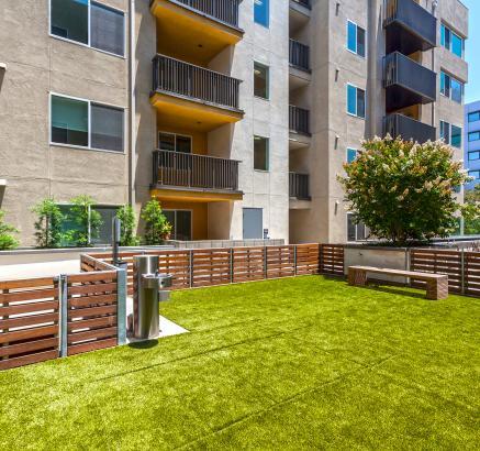 Camden Glendale Apartments Dog Park in Glendale, California