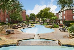 Camden Centreport Apartments in Fort Worth, TX