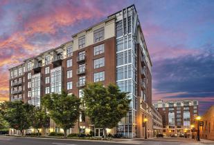 Camden Cotton Mills Apartment in Uptown Charlotte, North Carolina