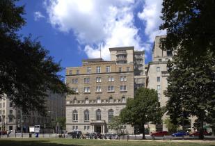 Camden Grand Parc Apartments in Washington DC