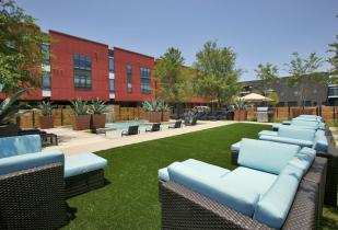 Camden Henderson Apartments in Dallas, Texas