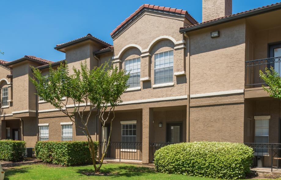 1 2 Bedroom Apartments In Irving Tx Camden Cimarron