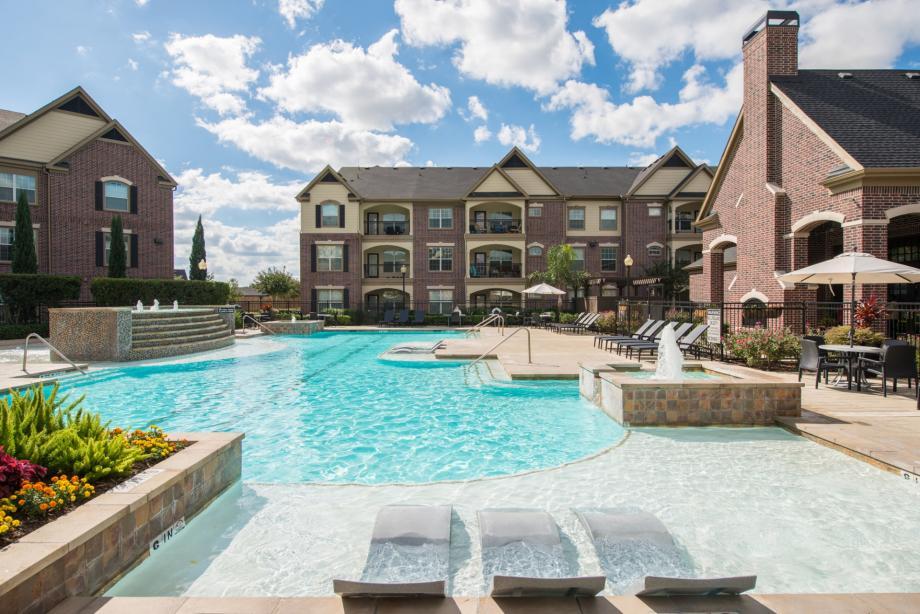 Camden Luxury Apartments