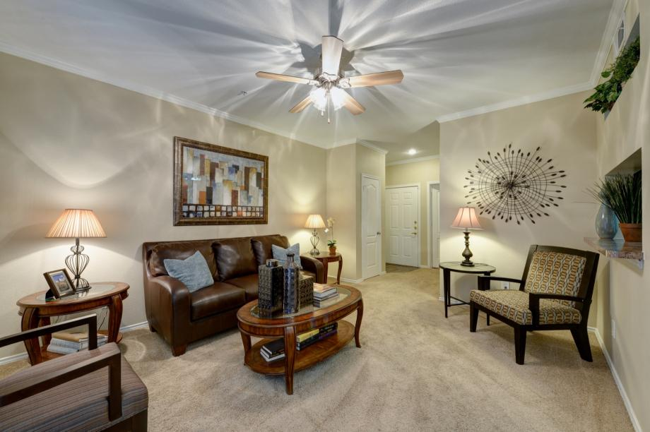 Apartments for rent in plano tx camden legacy creek for 2 bedroom apartments plano tx