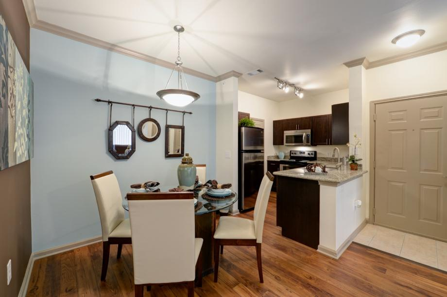 1 2 3 bedroom apartments in austin tx camden stoneleigh - One bedroom apartments in austin ...